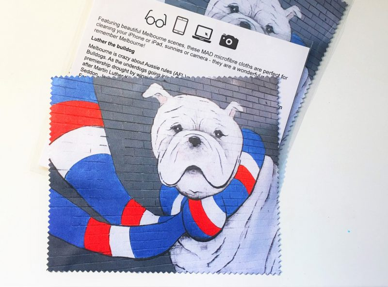 Bulldogs MAD Products IPhone cloth