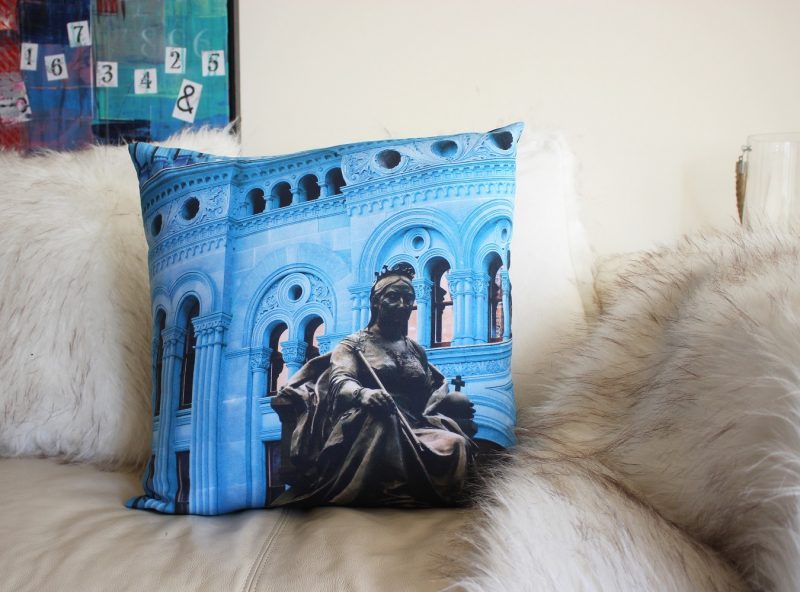 QueenVictoriaBuilding_Sydney_Cushion_3378