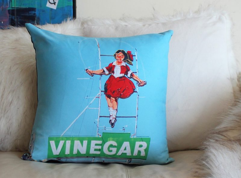 SkippingGirl_Melbourne_Cushion_MADproducts_3478