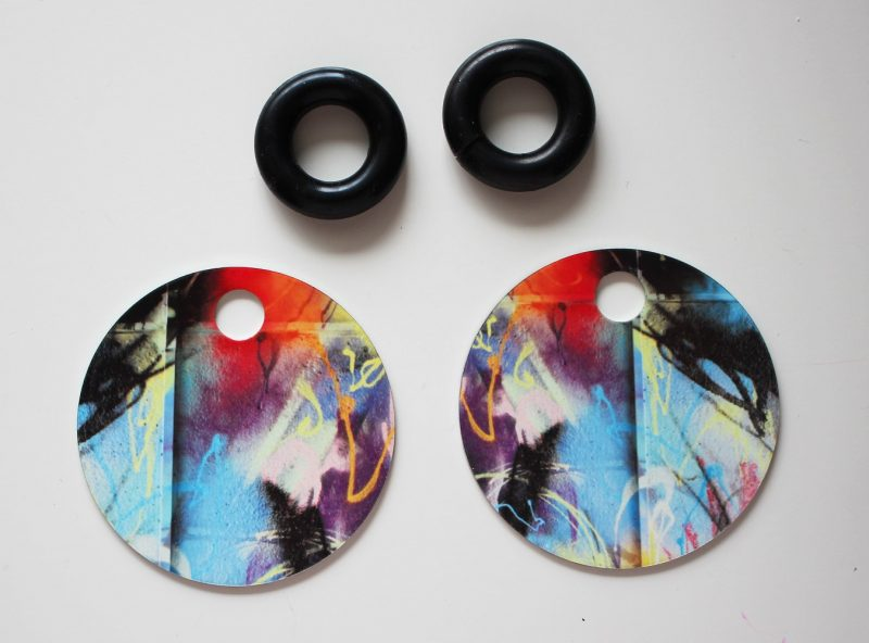 Streetart_Zazzle_Earring52mm_5022